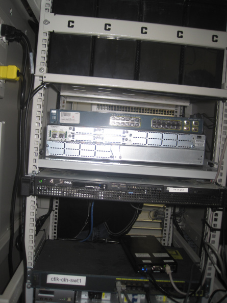 2012-11-28-Cat-Lake-Moves-From-C-Band-Satellite-To-100Mb-Fibre-21.JPG