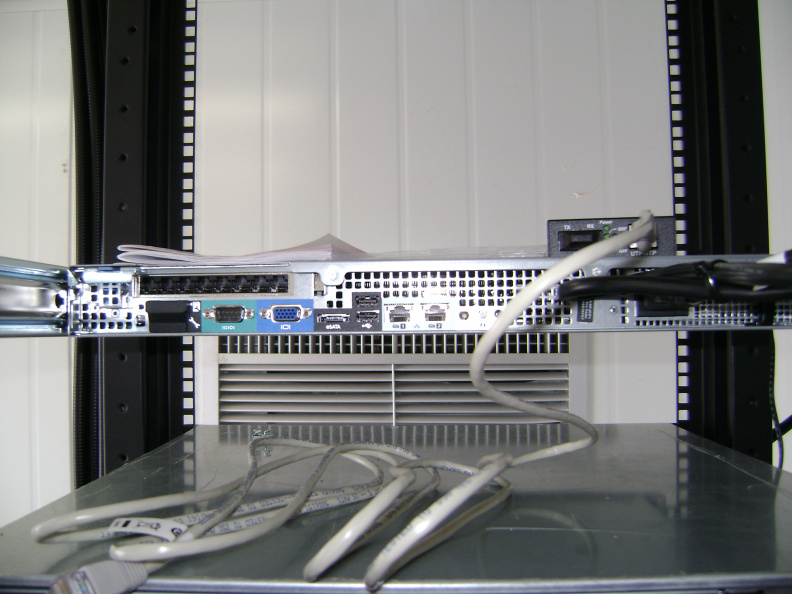 Back view of Gateway server in KI