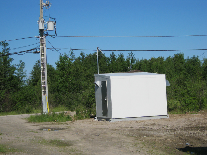 2012-06-22-PoplarHill-Cable-Headend-Building  10
