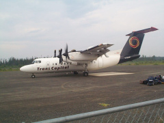 A full view of the plane that landed to take the ones that have to leave, due to the smoke in the community.